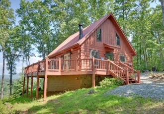 One bedroom cabin rentals in georgia sliding rock cabins for Large cabin rentals north georgia
