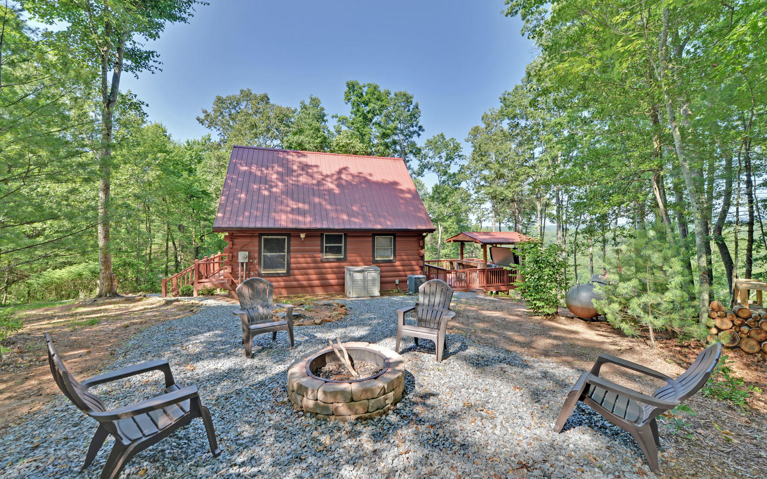 A perfect getaway north georgia vacation rental sliding for Large cabin rentals north georgia