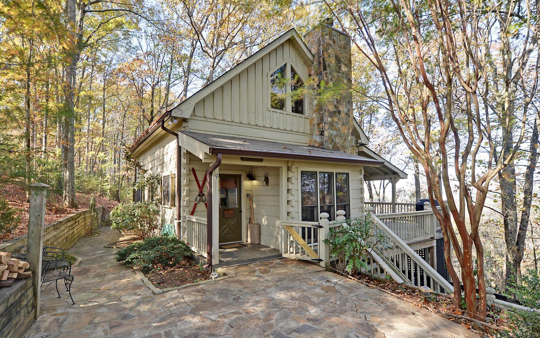 Ridgeview Lodge | Sliding Rock Cabins®