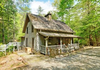rentals lodge ga cabins creek rental fightingtown ridge north blue cabin websize cabinrentalswaterfront